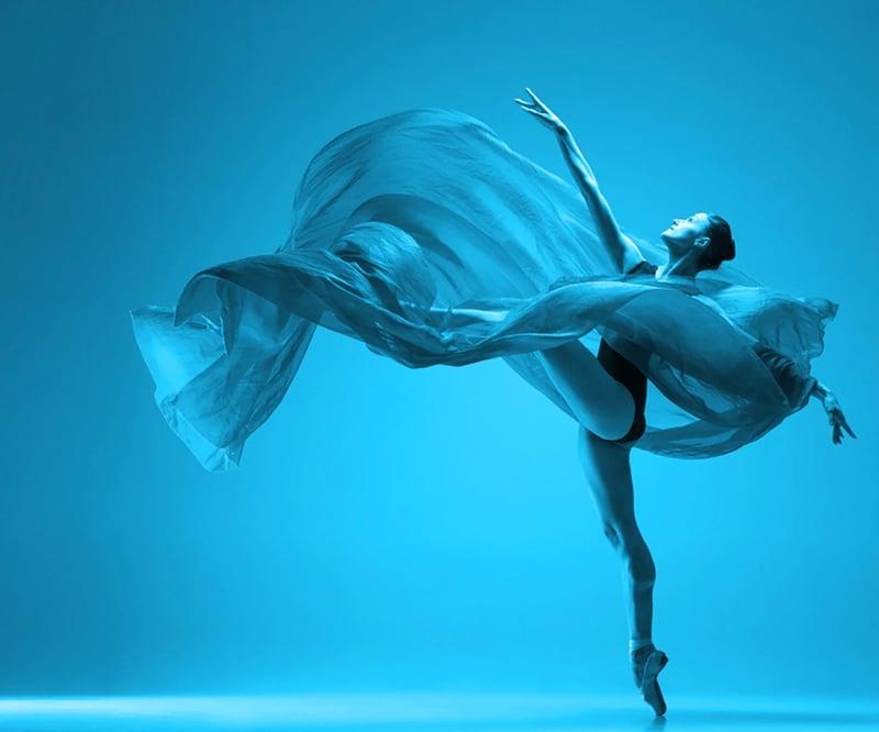 dancer-cyan-1-mobile