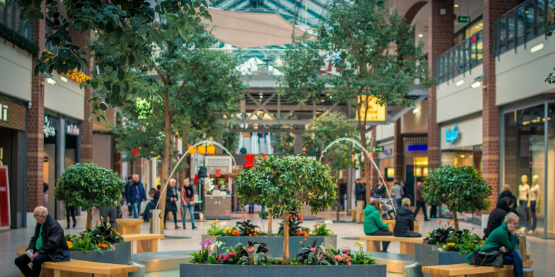 89% of consumers now feelingsome degree ofcomfort visiting retail destinations