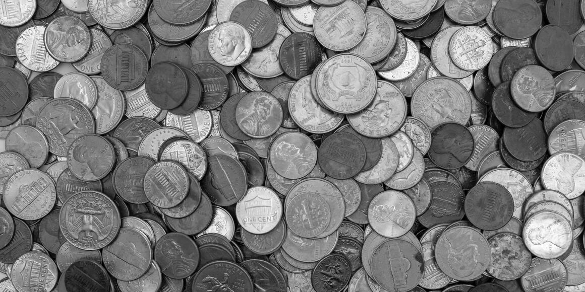 Image of US coins for blog on 5 Problems with Kubernetes Cost Estimation Strategies