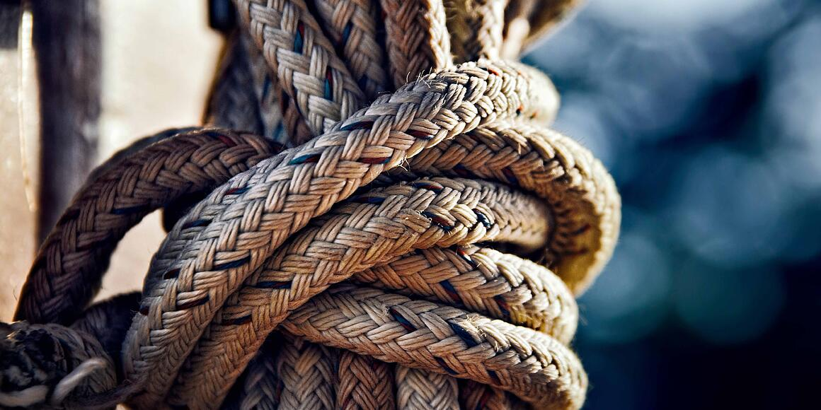 Strengths and Weaknesses of AKS EKS and GKE image of rope