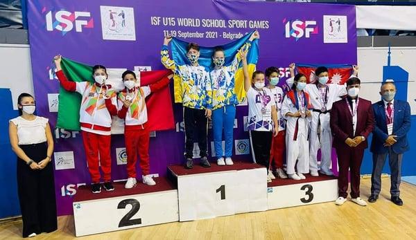 Alumna de Tecmilenio gana medalla de oro en mundial de Taekwondo