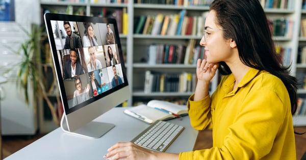 ¿Estudiar una maestría en línea o presencial, cuál elegir?