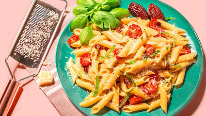 Fresh Medjool Date and Tomato Mostaccoili Pasta
