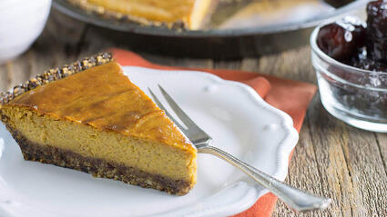 medjool date pumpkin pie