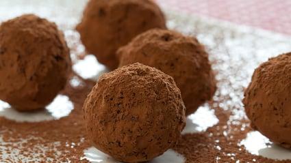 medjool date truffles