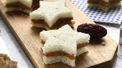 pb medjool date star sandwich