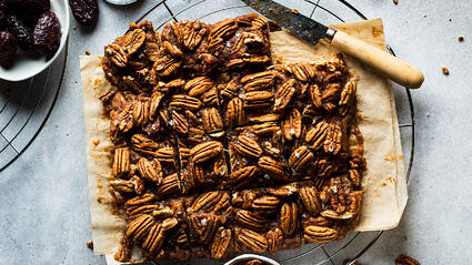 pecan pie bars with medjool dates