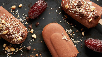 vegan fudge and medjool date pops