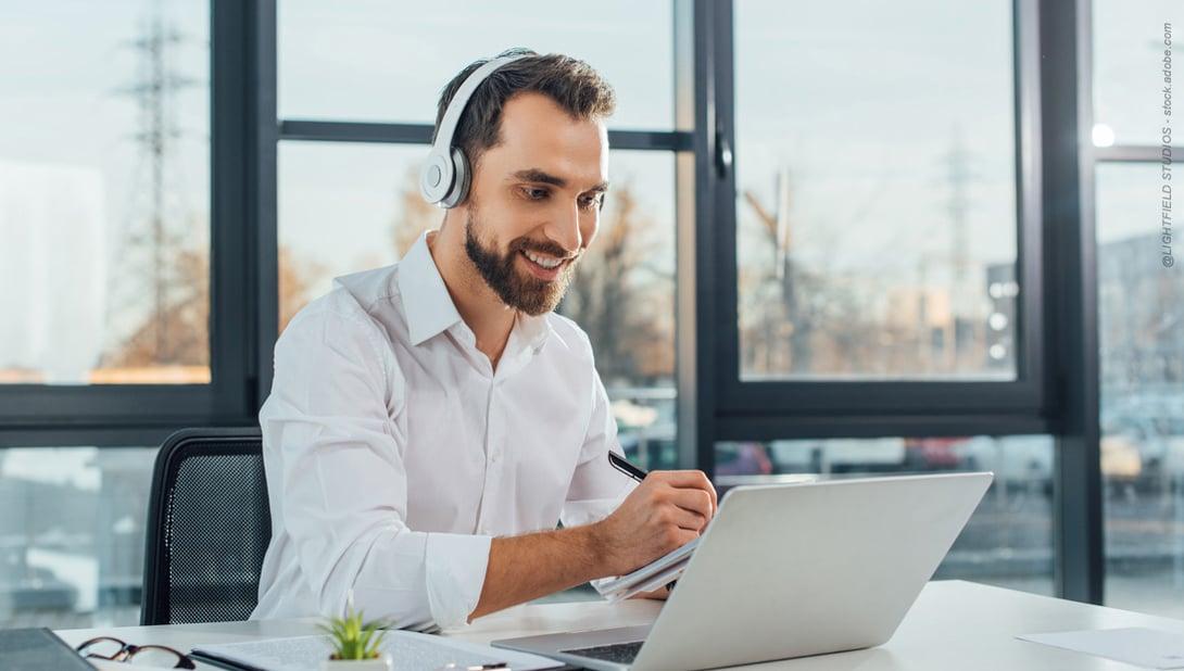 Nutzen Sie unsere Online-Services bequem im Büro oder Homeoffice.