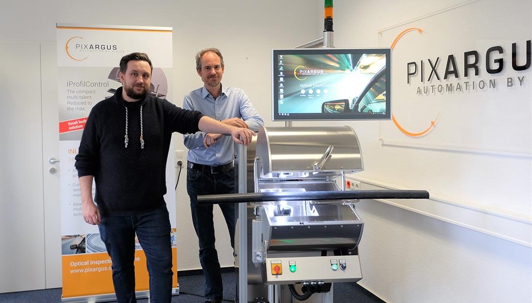 Daniel Reinhardt, und René Beaujean, Geschäftsführer von Pixargus sind überzeugt von Eplan eBuild.