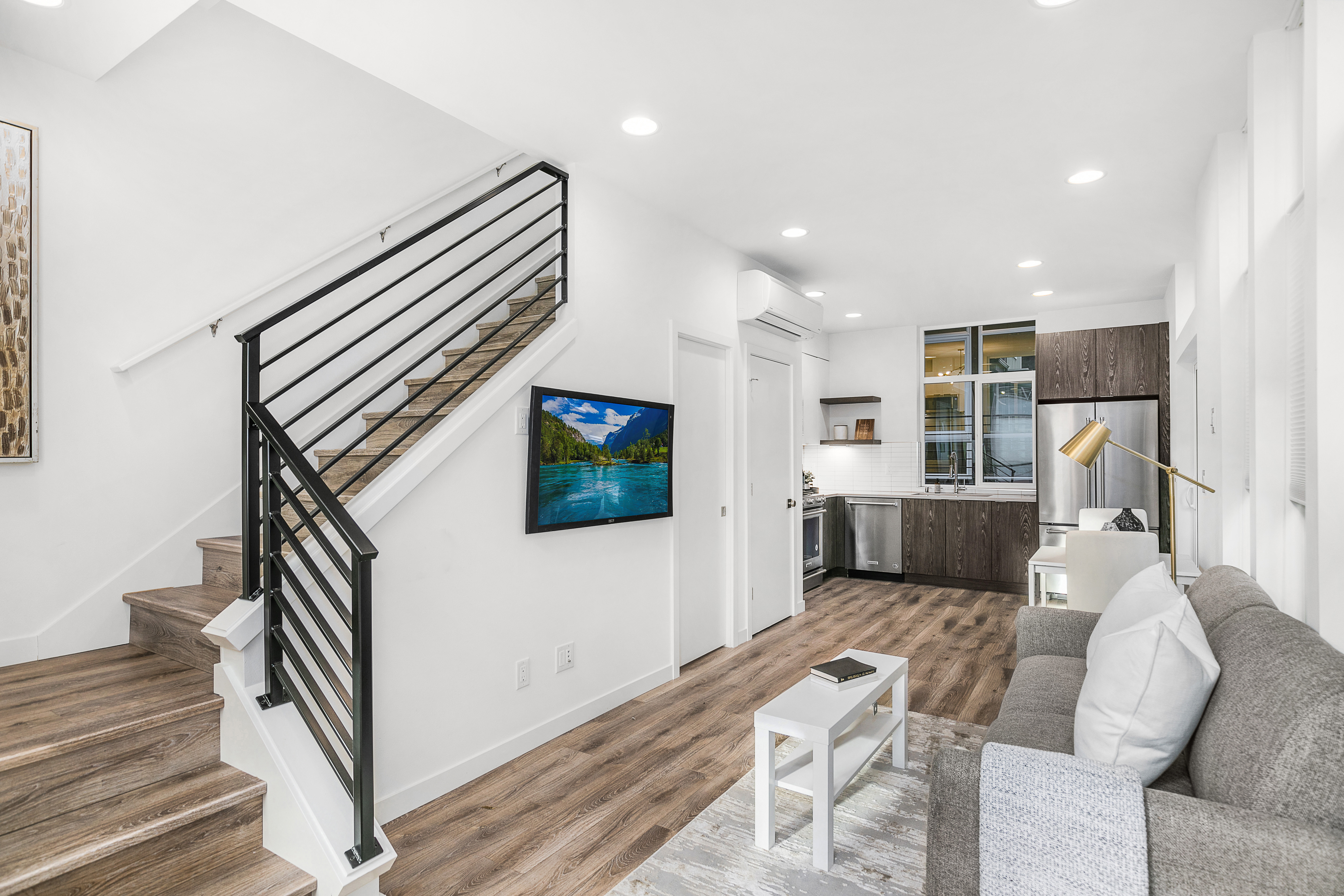 South Lake Union | Living, Dinning, and Kitchen | Blackwood Builders Group