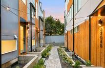 Queen Anne | Court Yard | Blackwood Builders Group