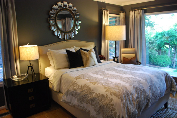 where to place a mirror in a bedroom for good feng shui 2