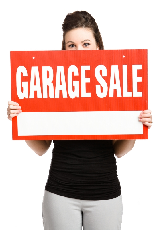 Why yard and garage sales is good feng shui for Feng shui garage