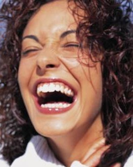 http://www.kenlauher.com/Portals/40296/images//woman_laughing