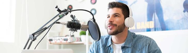 Blog or Podcast? What's Best For Your Brand