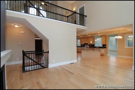 Indoor balcony ideas home plans with balcony inside for Indoor balcony railing