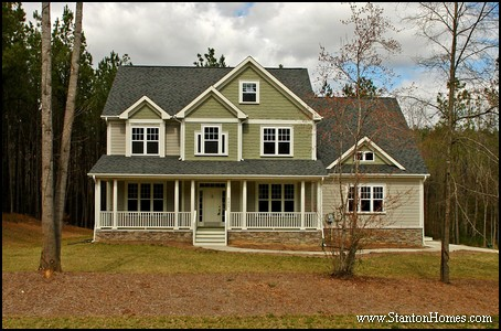 New home exterior styles 2014 home design trends for Traditional house styles