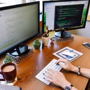 desk-andplus-2 sm