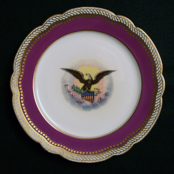 abraham lincoln white house china 1 resized 600