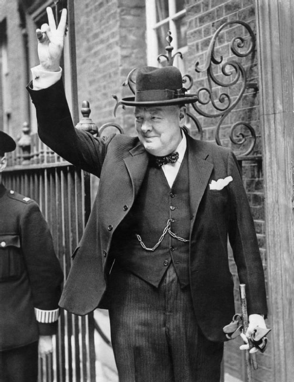 SIR WINSTON CHURCHILL - V FOR VICTORY