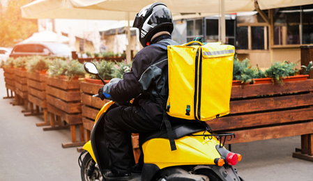 Seguros para el transporte de mercancías en vehículos sostenibles