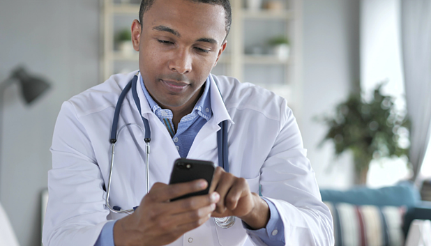 Should My Practice Get a Mobile EHR?