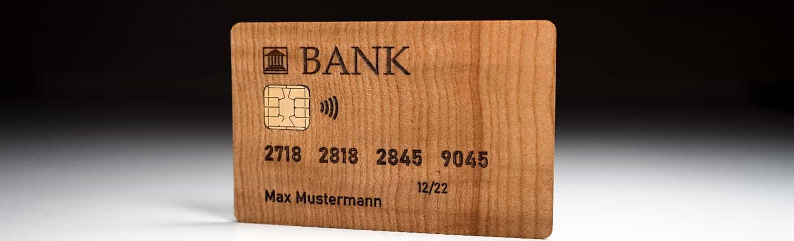 Kreditkarten, Debitkarten und Versicherungskarten