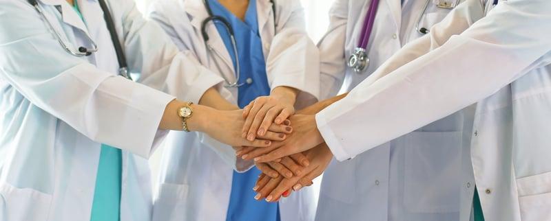真のチーム医療とは?多職種連携(IPW)と、多職種連携教育(IPE)