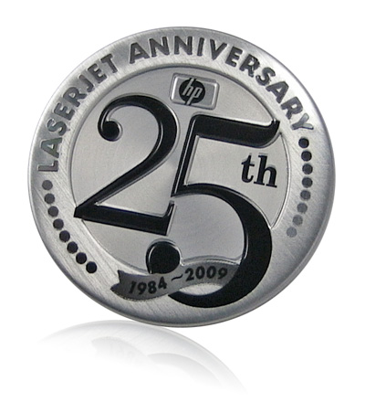HP 25th anniversary aluminum badge