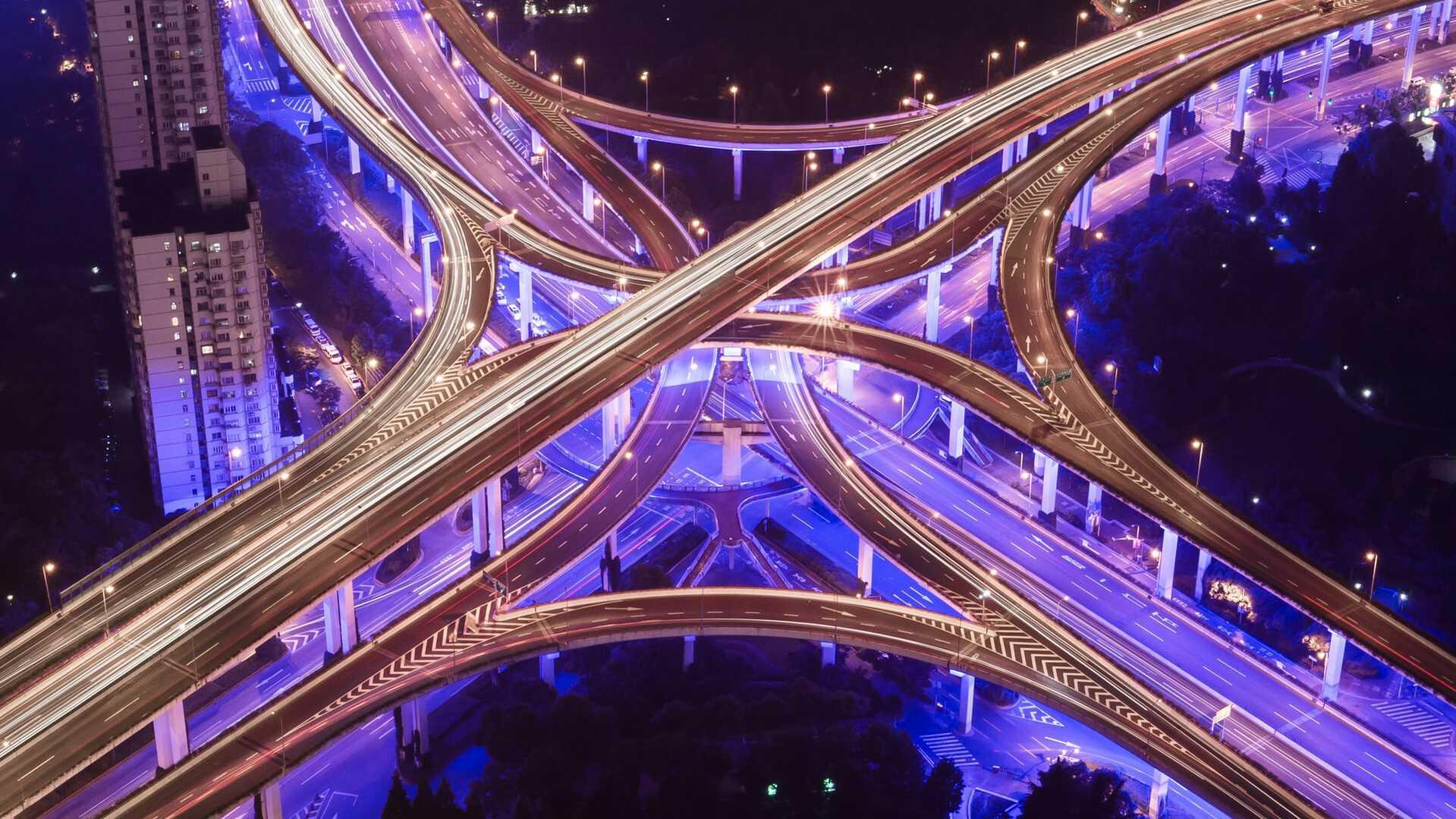 banner-violet-highway-night