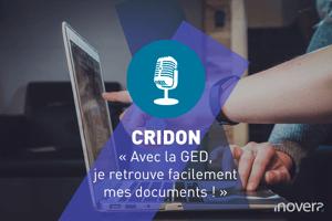 """Texte : CRIDON """" Avec la GED, je retrouve facilement mes documents ! """" Images : personnes qui travaillent sur un ordinateur portable. L'une d'entre elle semble vouloir aider ou montrer quelque chose à l'autre"""