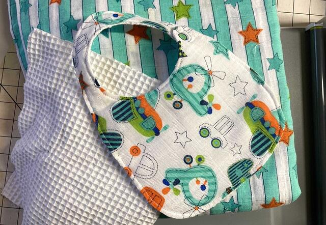 How to Make a Baby Bib and Swaddle (Video Sewing Tutorial)