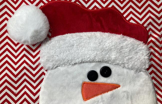 How to Sew a Holiday Bench Pillow Cover snowman