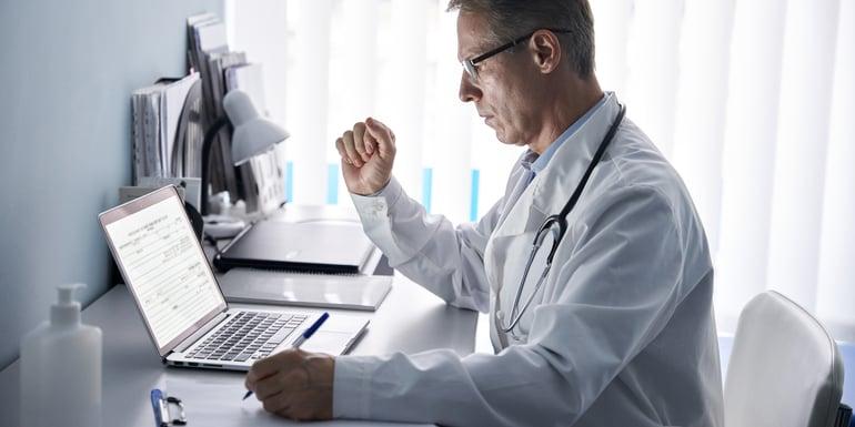 Doctor en area directiva