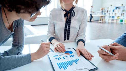 5 Key Recruitment Metrics for Successful Hiring