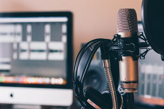 Top 3 Reasons Lawyers Should Start a Podcast