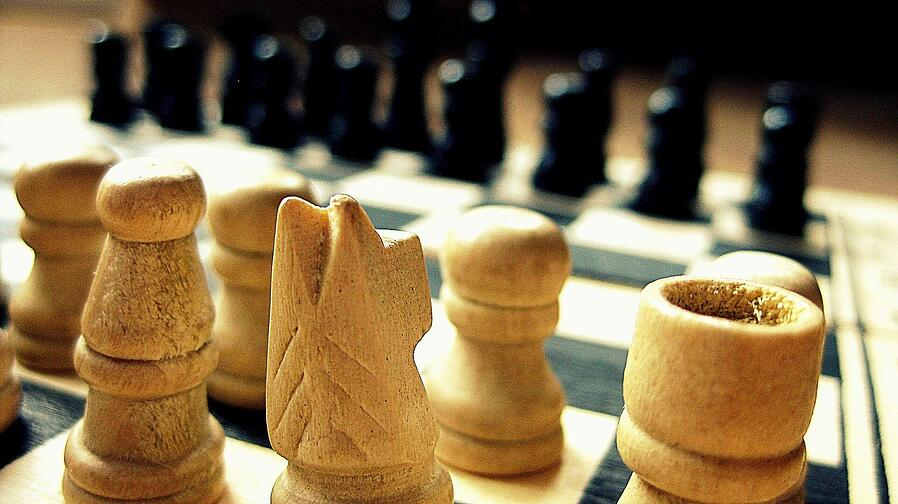Theory and execution - the benefits and frameworks of strategy