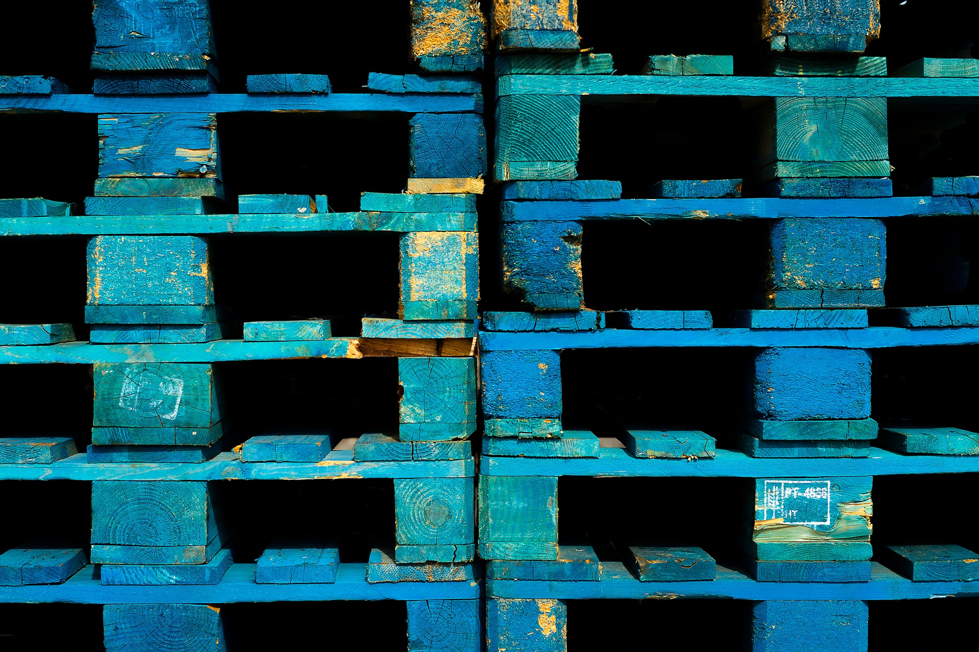 The Friday Five: Pallets, Pallets Everywhere, but None in Brexit UK