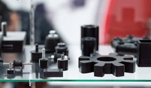 Quel est le rôle de l'optimisation topologique dans l'écoconception des pièces plastiques?
