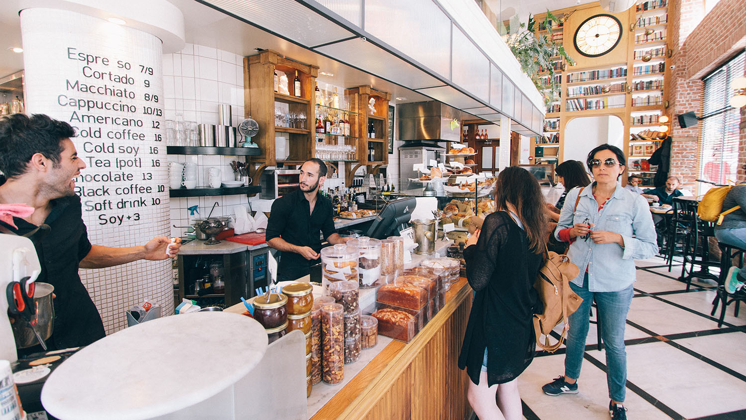 15 Ways Small Businesses Can Attract New Employees