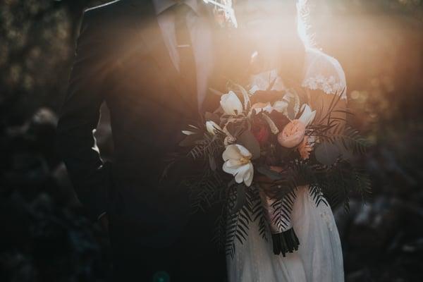 Verliebt, verlobt, verheiratet, vorgesorgt: 5 Finanztipps