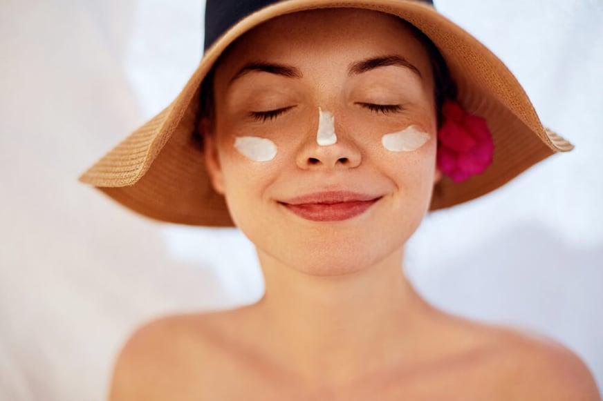 ¡Cuida tu piel! Mitos y verdades del bloqueador solar