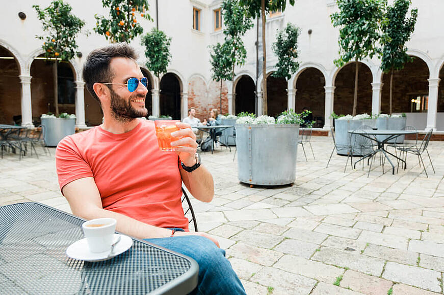 Conoce los mejores perfumes Hugo Boss de hombre para el verano
