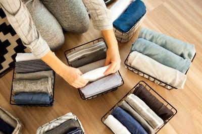 folding clothes organizing