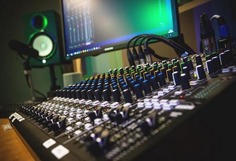 The Best Free Audio Sample Packs For EDM
