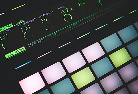 Why You Should Use A MIDI Controller (Keyboard) For EDM Audio Production