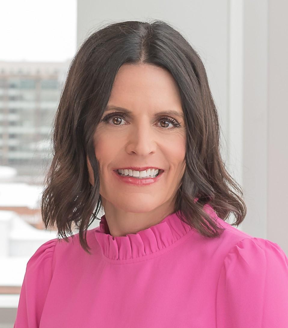 Women United Spotlight: Stephanie Leuck