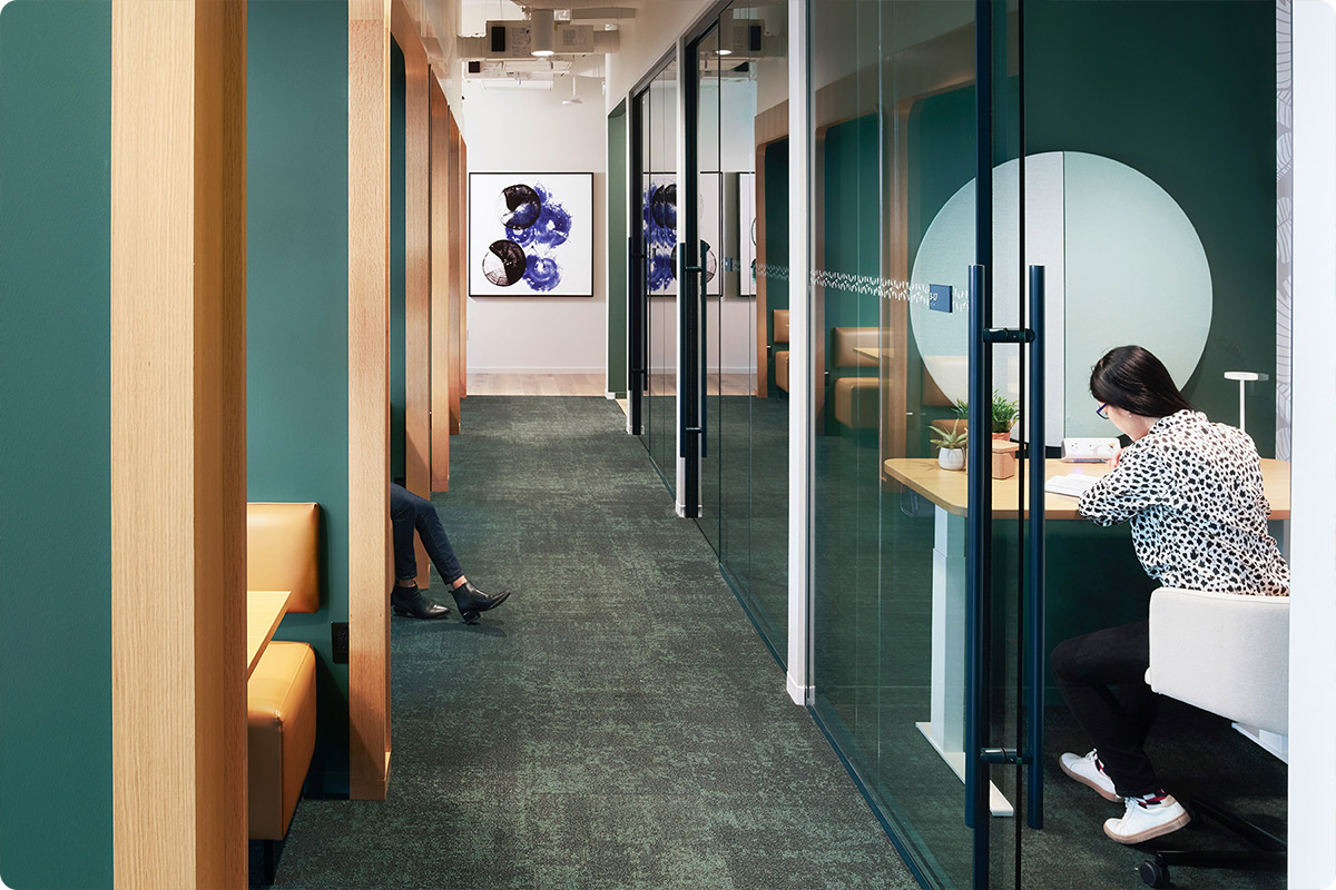 benefits-of-coworking-private-room