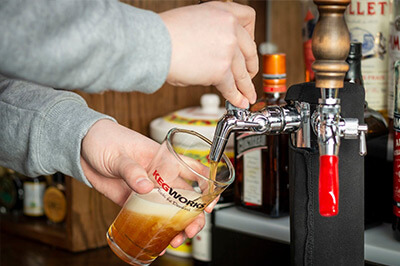 How to Pull the Perfect Pint - 4 Easy Steps to Pour a Beer